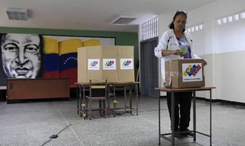 Βενεζουέλα: Η αποχή «νικάει» το Μαδούρο - Χαμηλή η συμμετοχή στις προεδρικές εκλογές
