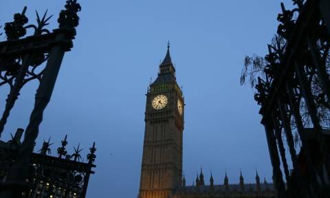 """Британские парламентарии призвали ужесточить санкции против """"связанных с Кремлем лиц"""""""