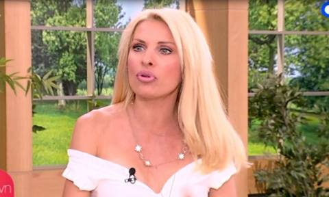 Ελένη: Μπλόκαρε το κινητό της – Τι είπε στον αέρα της εκπομπής της για τα μηνύματα που δέχεται!