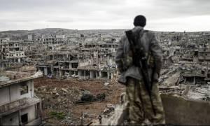 Συρία: Εγκαταλείπουν τη Δαμασκό οι τζιχαντιστές του ISIS – Ελεύθερη μετά από έξι χρόνια η πρωτεύουσα