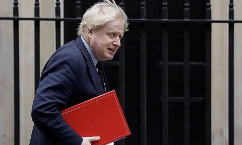 Глава МИД Великобритании допустил ужесточение британских санкций против России