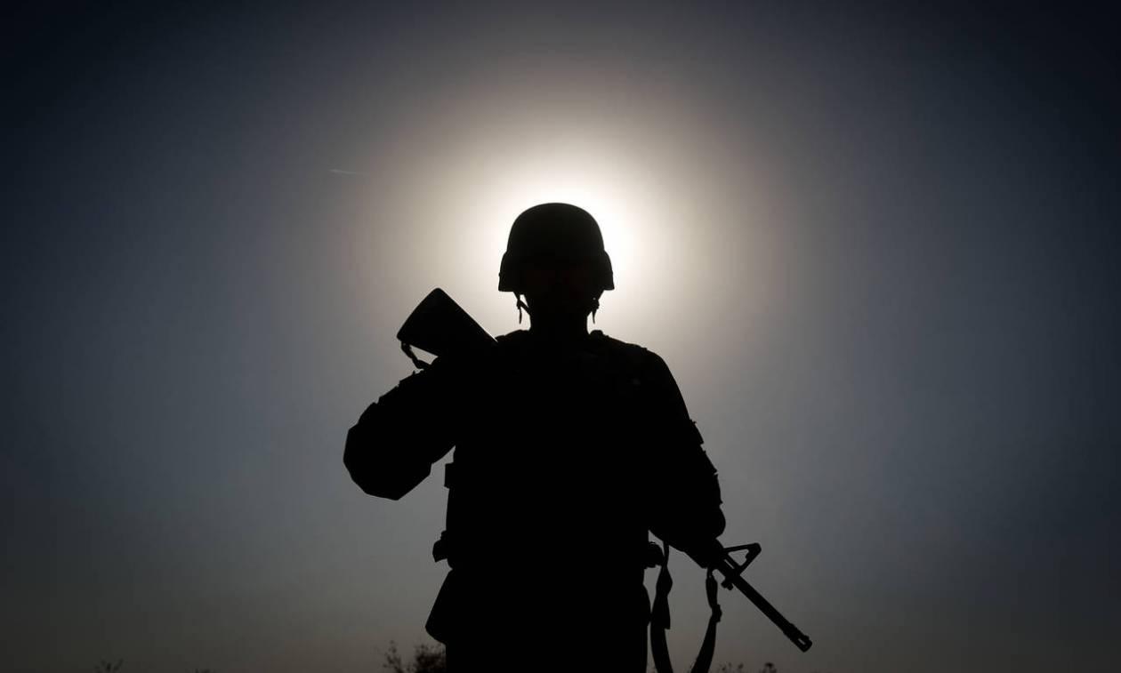 «Βόμβα»: Ετοιμάζονται για πόλεμο σε χώρα της Ευρώπης - Μοιράζουν φυλλάδια