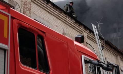Ρωσία: Πυρκαγιά σε ξενοδοχείο 30 ορόφων στη Μόσχα (vid)