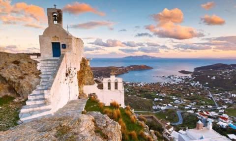 Σέριφος: Το κυκλαδίτικο νησί με τις ωραιότερες παραλίες και την πιο γραφική χώρα στο Αιγαίο