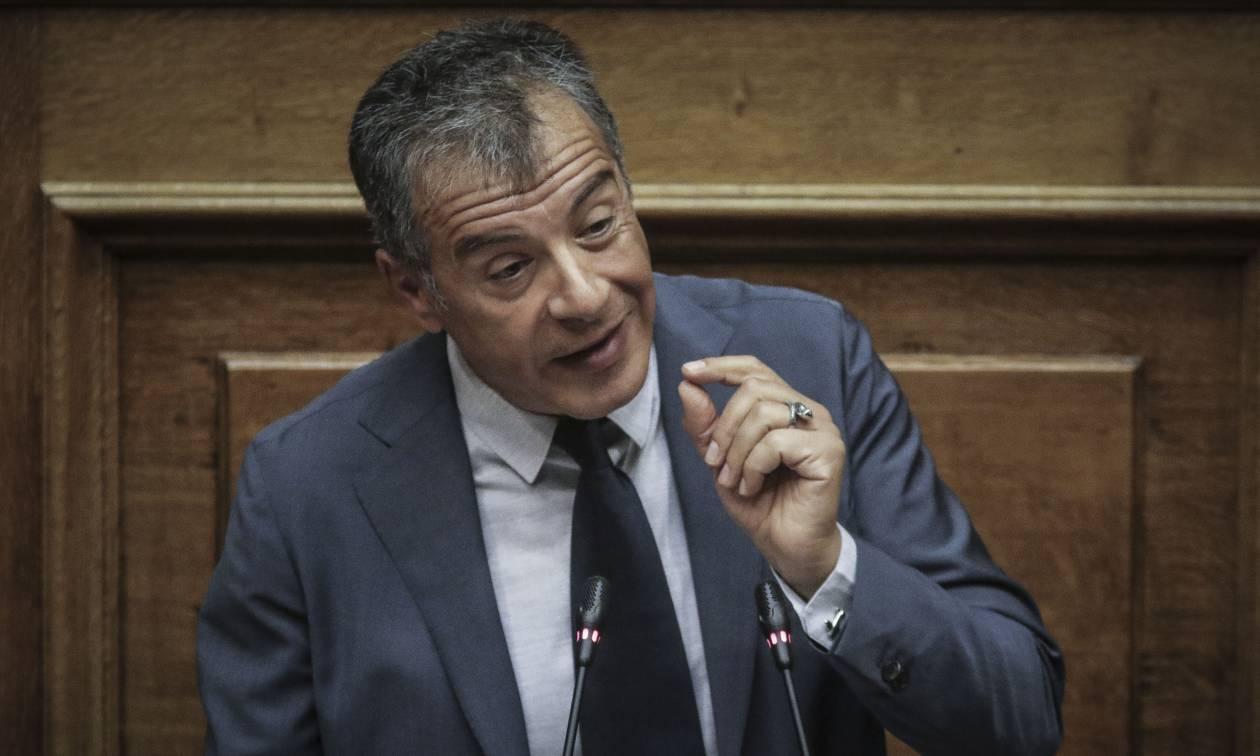 Θεοδωράκης στη Βουλή: Υπήρχε «μαύρος» αρχηγός και κεντρικός συντονισμός στην επίθεση Μπουτάρη (vid)
