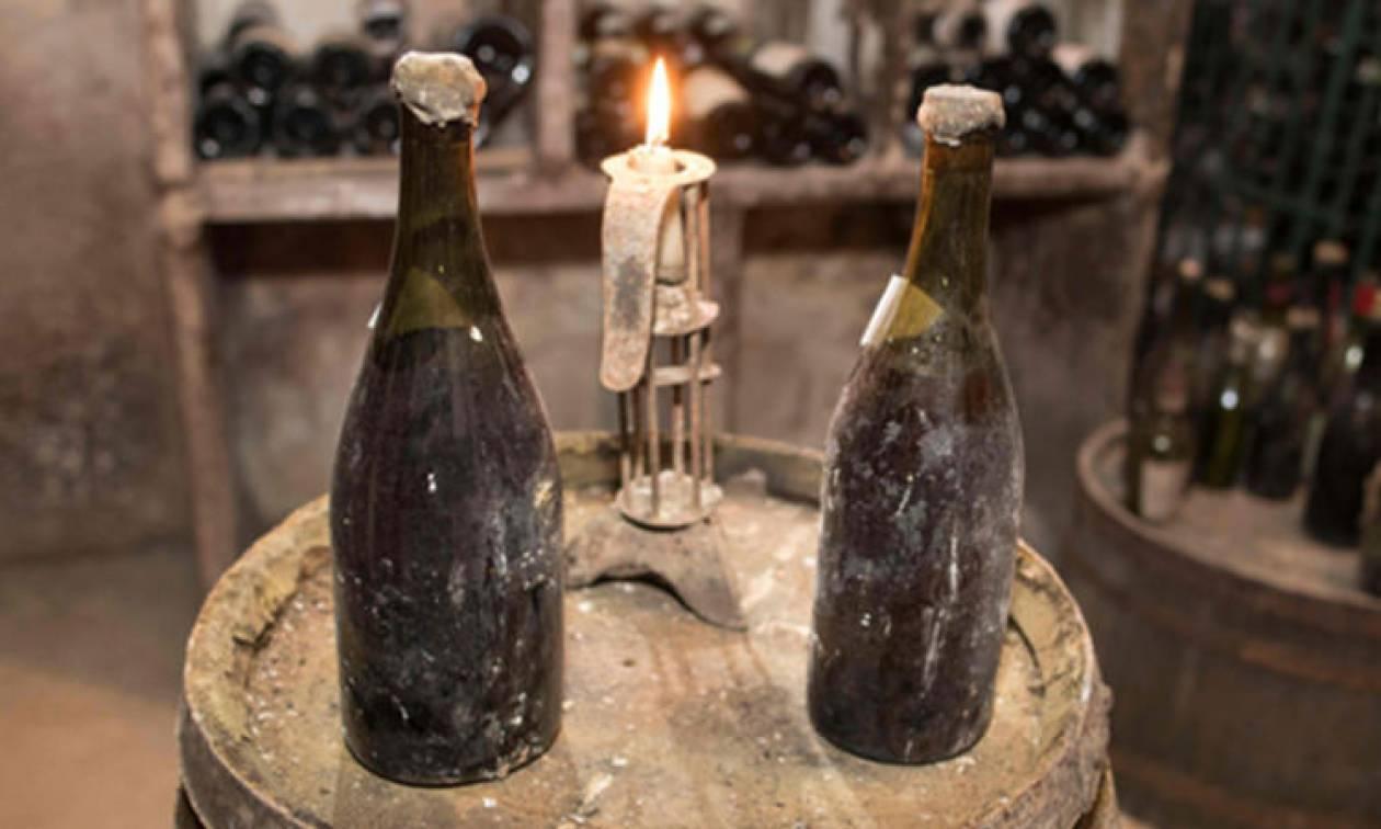 Κίτρινος «πυρετός» στους οινογνώστες: Βγαίνει σε δημοπρασία το πιο παλιό κρασί στον κόσμο