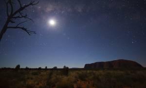 Γιατί χιλιάδες άτομα μαζεύτηκαν για να παρατηρήσουν τα αστέρια στην Αυστραλία;