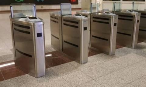 Τέλος το «τζάμπα»  στο Μετρό - Πότε κλείνουν οριστικά όλες οι μπάρες στους σταθμούς