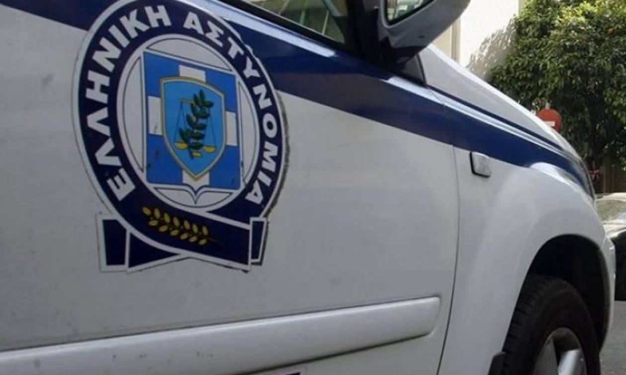 Χειροπέδες σε δύο ανήλικους που είχαν «ρημάξει» δεκάδες αυτοκίνητα στην Αθήνα