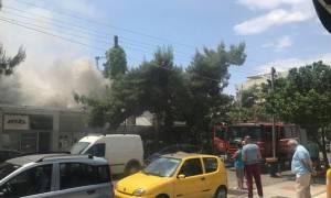 Πυρκαγιά σε εστιατόριο στον Άλιμο (pics+vid)