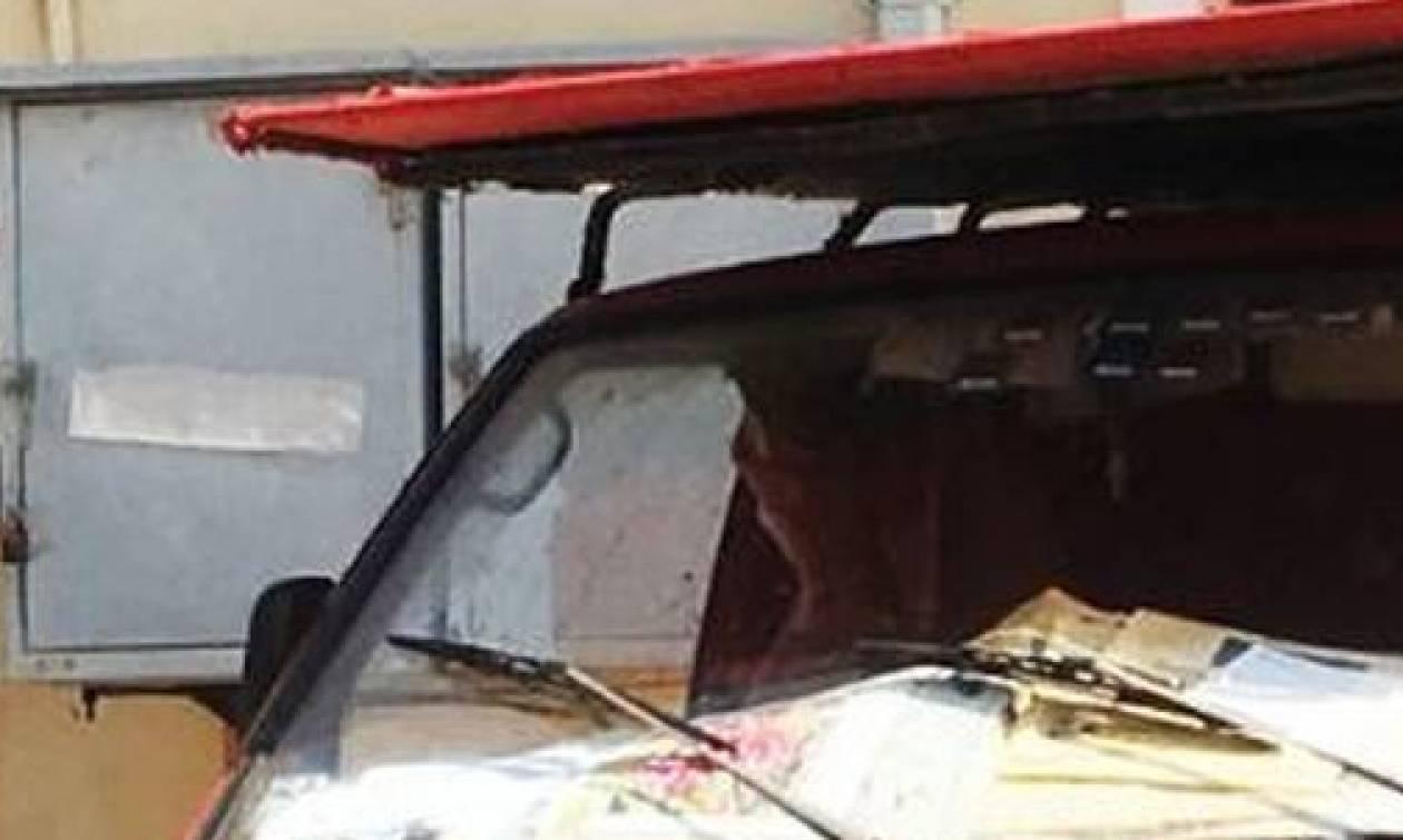 Έγκλημα Ζάκυνθος: Σε αυτό το φορτηγάκι εκτέλεσαν τον συνταξιούχο ταχυδρόμο (pics)