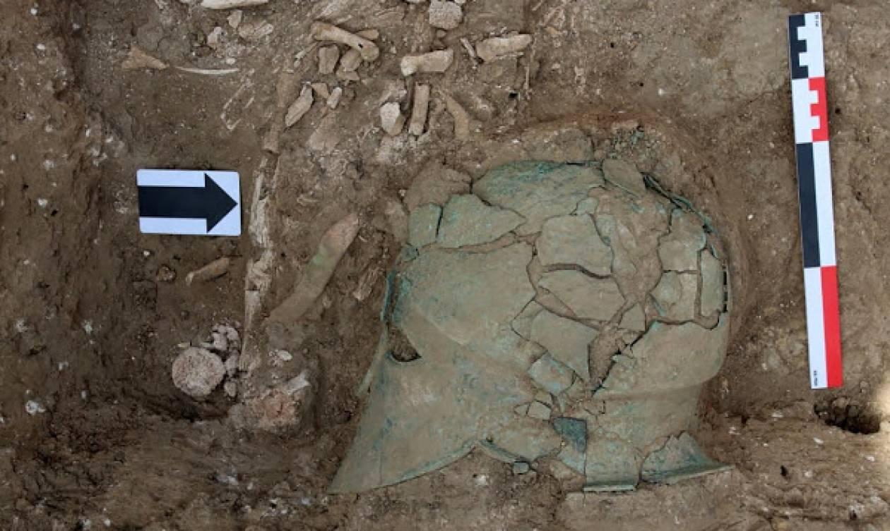 Αρχαία κορινθιακή περικεφαλαία εντοπίστηκε σε ανασκαφές στη Ρωσία (pics)