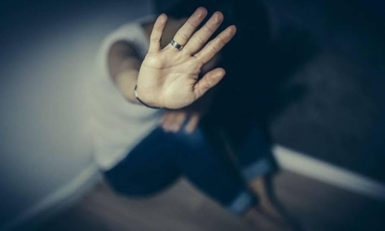 Αποκλειστικό Newsbomb.gr - Λέρος: «Κακοποιούσαν σεξουαλικά και το γιο τους με ειδικές ανάγκες»
