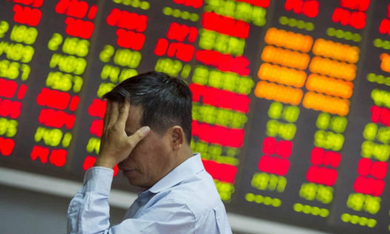 Ιταλία και Ισπανία «γκρεμίζουν» τα χρηματιστήρια - Σε ελεύθερη πτώση και το ΧΑ