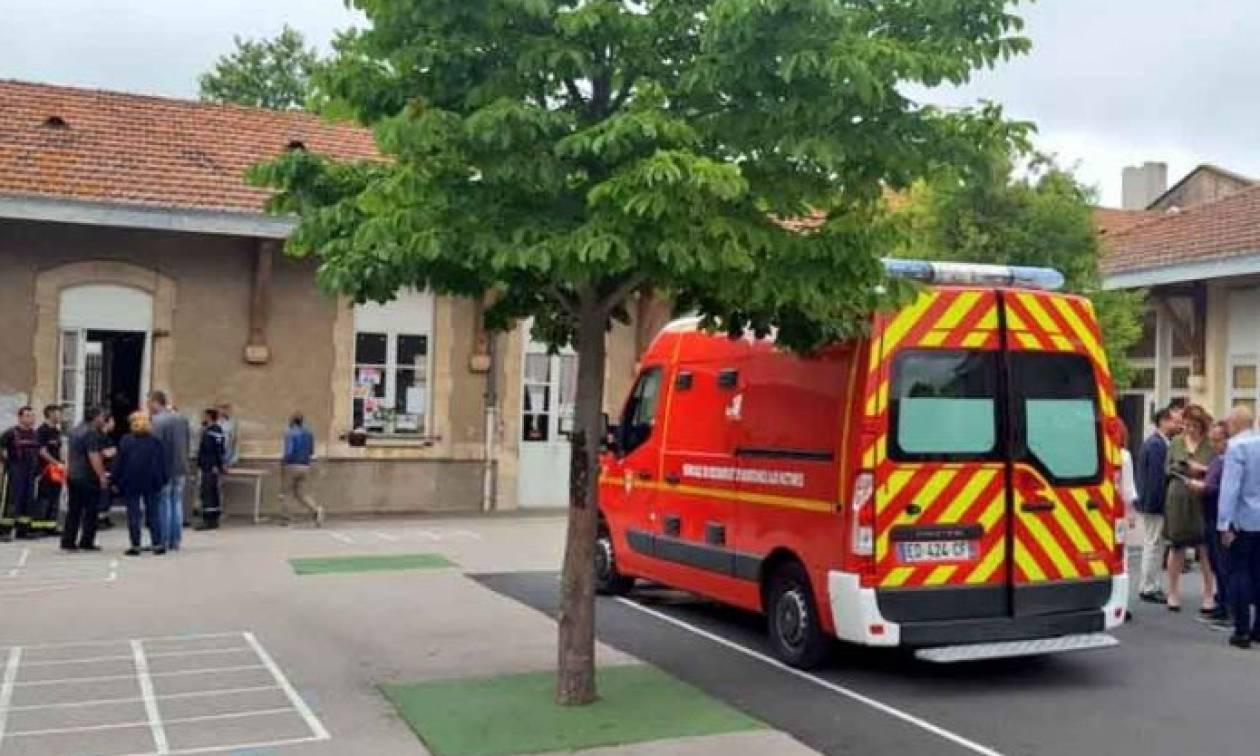 Γαλλία: Κατέρρευσε η οροφή δημοτικού σχολείου - Τουλάχιστον 14 τραυματίες (pics)