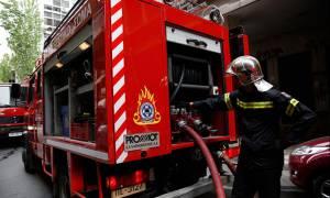 Συναγερμός στην Καλλιθέα: Πέντε τραυματίες από πυρκαγιά σε διαμέρισμα