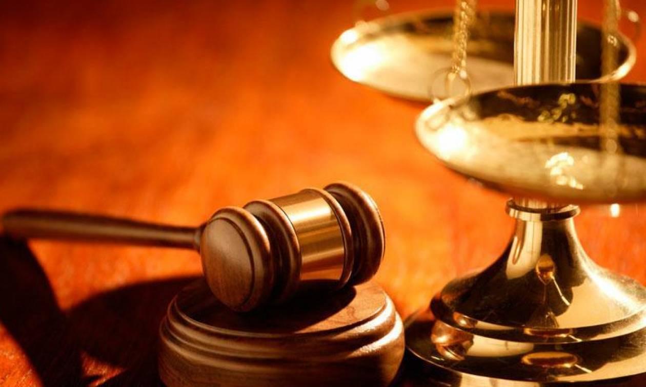 Θα κλάψετε απ' το γέλιο! Απίθανες ατάκες που έχουν ειπωθεί σε δικαστήρια (Photo)