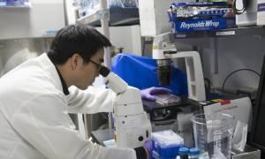 Ιατρική επανάσταση: Τεστ αίματος ανιχνεύει τον καρκίνο χρόνια πριν εμφανιστούν τα συμπτώματα