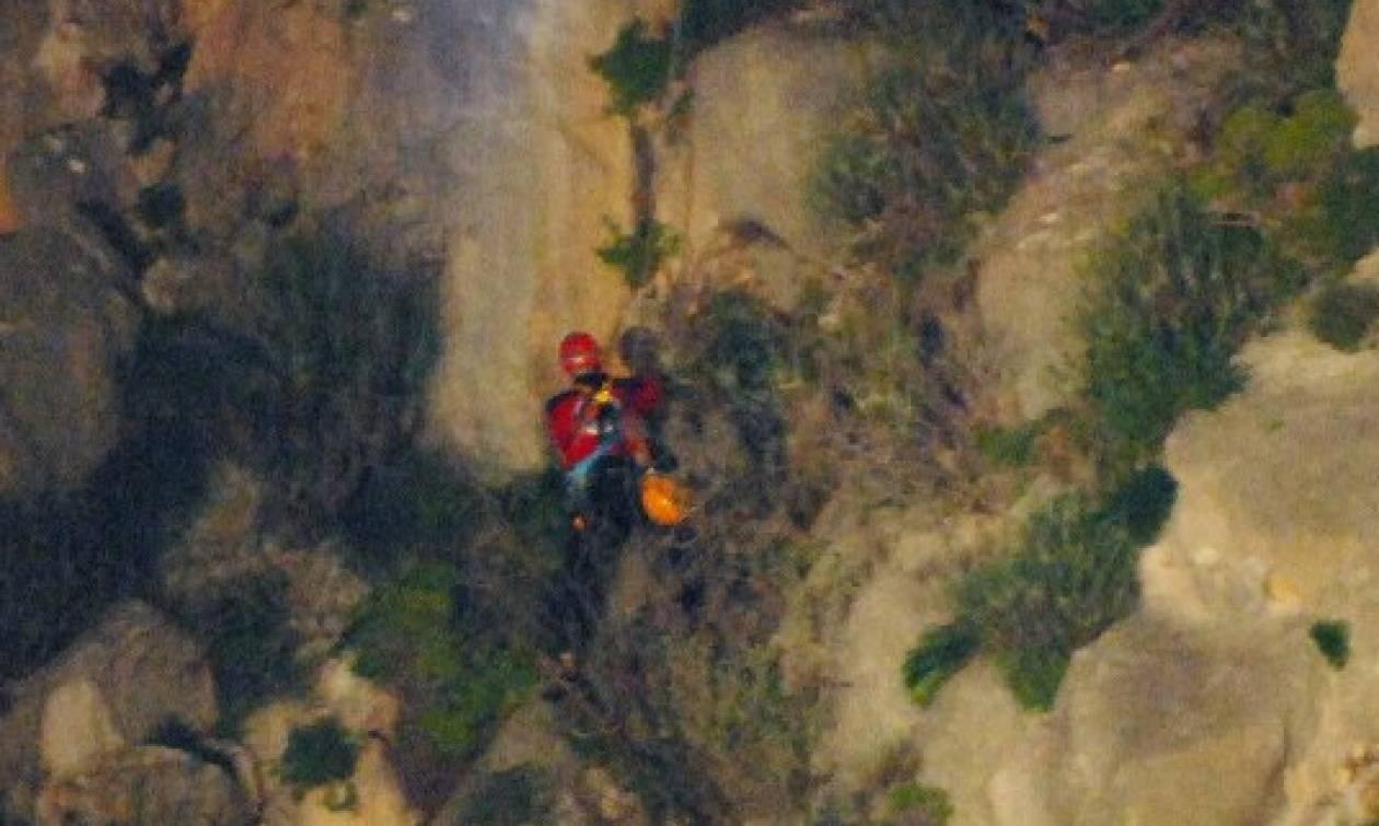 Επιχείρηση διάσωσης άνδρα σε απόκρημνη πλαγιά στη Λευκάδα