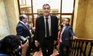 Ισπανία: Οι προκλήσεις για τον Πέδρο Σάντσεθ που ορκίζεται σήμερα (02/06) πρωθυπουργός