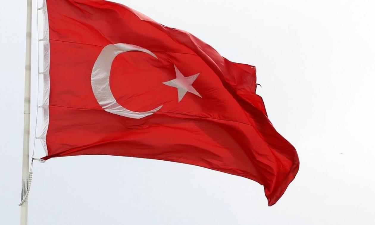 Τουρκία: Καθησυχαστική η κυβέρνηση μετά τις προειδοποιήσεις διεθνών οίκων αξιολόγησης