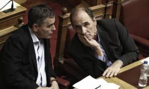 Έξι υπουργοί ενημερώνουν τους βουλευτές του ΣΥΡΙΖΑ για το πολυνομοσχέδιο