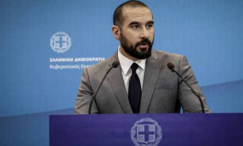 Greece is waiting for Zaev to take the decisive step for an agreement, Tzanakopoulos says