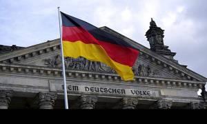 Μήνυμα από Βερολίνο: Πριν τη λήξη του προγράμματος η απόφαση για το ελληνικό χρέος