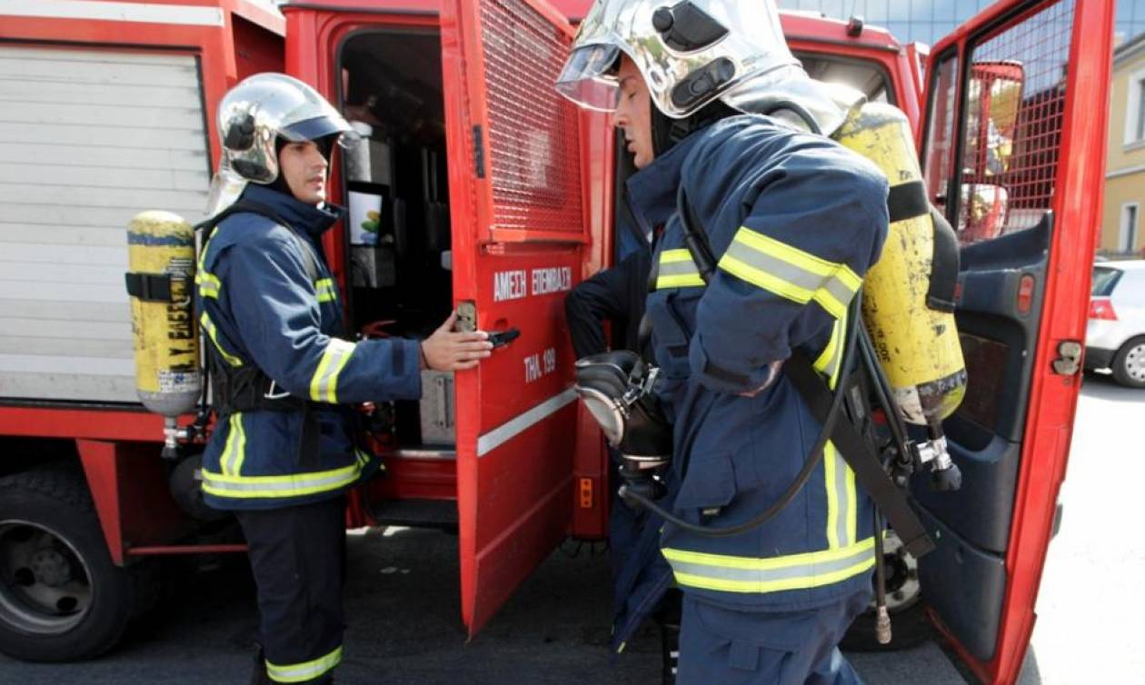 Συναγερμός στη Θεσσαλονίκη: Φωτιά σε κατάστημα - Μία γυναίκα τραυματίας