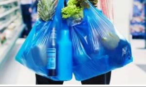 To «τέλος» της πλαστικής σακούλας έφερε στο Δημόσιο 4 εκατ. ευρώ