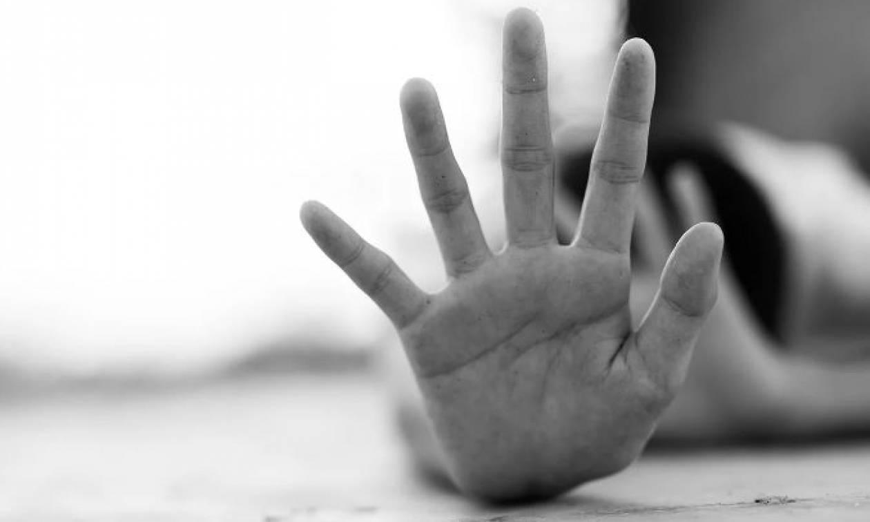 Σοκ στην Αχαΐα: Πα- τέρας βίαζε την κόρη του και μικρά παιδιά