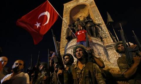 Турция осудила освобождение причастных к перевороту военных, бежавших в Грецию