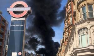Συναγερμός στο Λονδίνο: Τεράστια πυρκαγιά σε πολυτελές ξενοδοχείο κοντά στο Hyde Park (Pics+Vids)