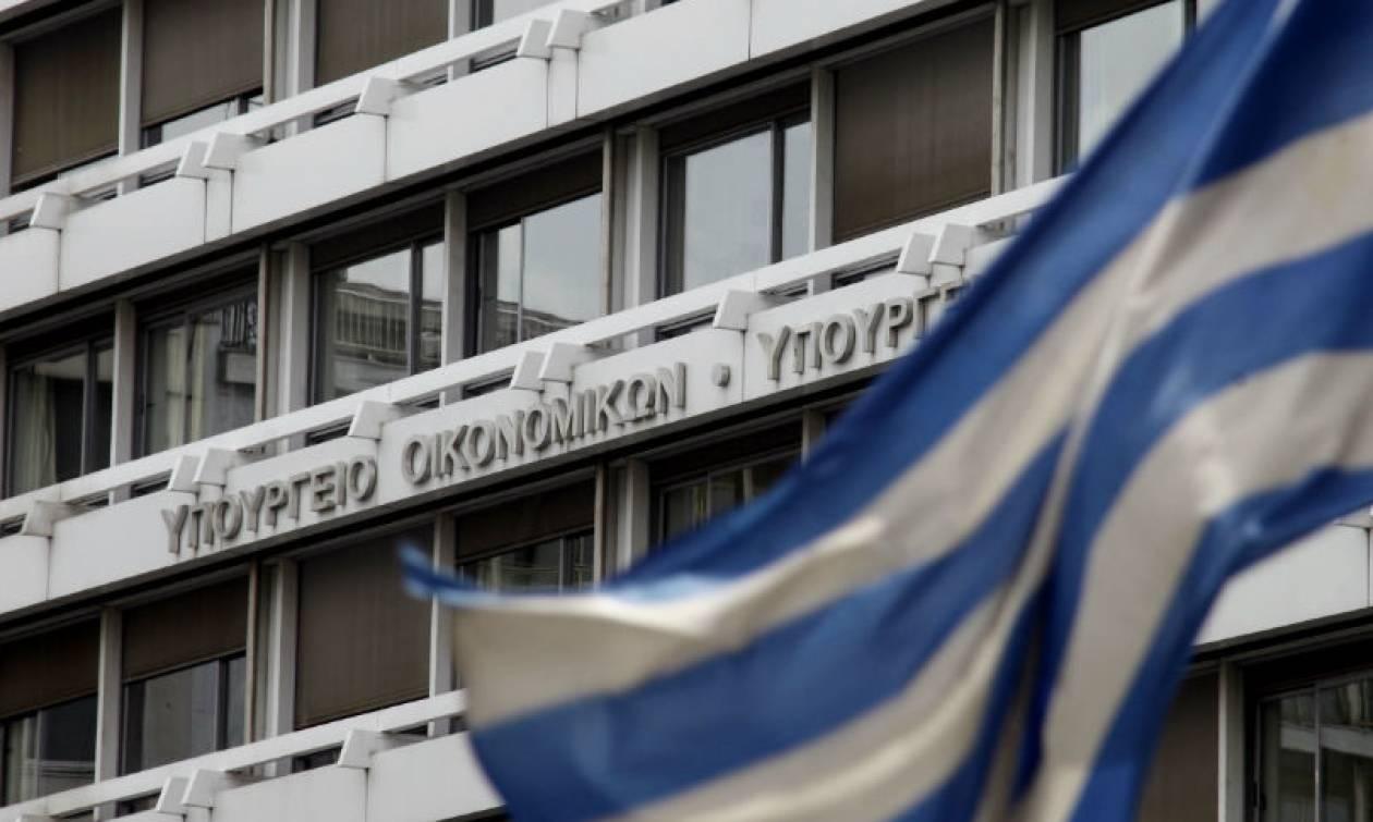 ΥΠΟΙΚ για δημοσίευμα Reuters: Η κυβέρνηση δεν κάνει πολιτική εντυπωσιασμού με εκδόσεις ομολόγων