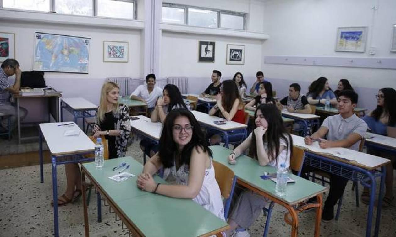 Πανελλήνιες Πανελλαδικές 2018: Αρχίζουν οι εξετάσεις με Νεοελληνική Γλώσσα - Έκθεση στα ΕΠΑΛ