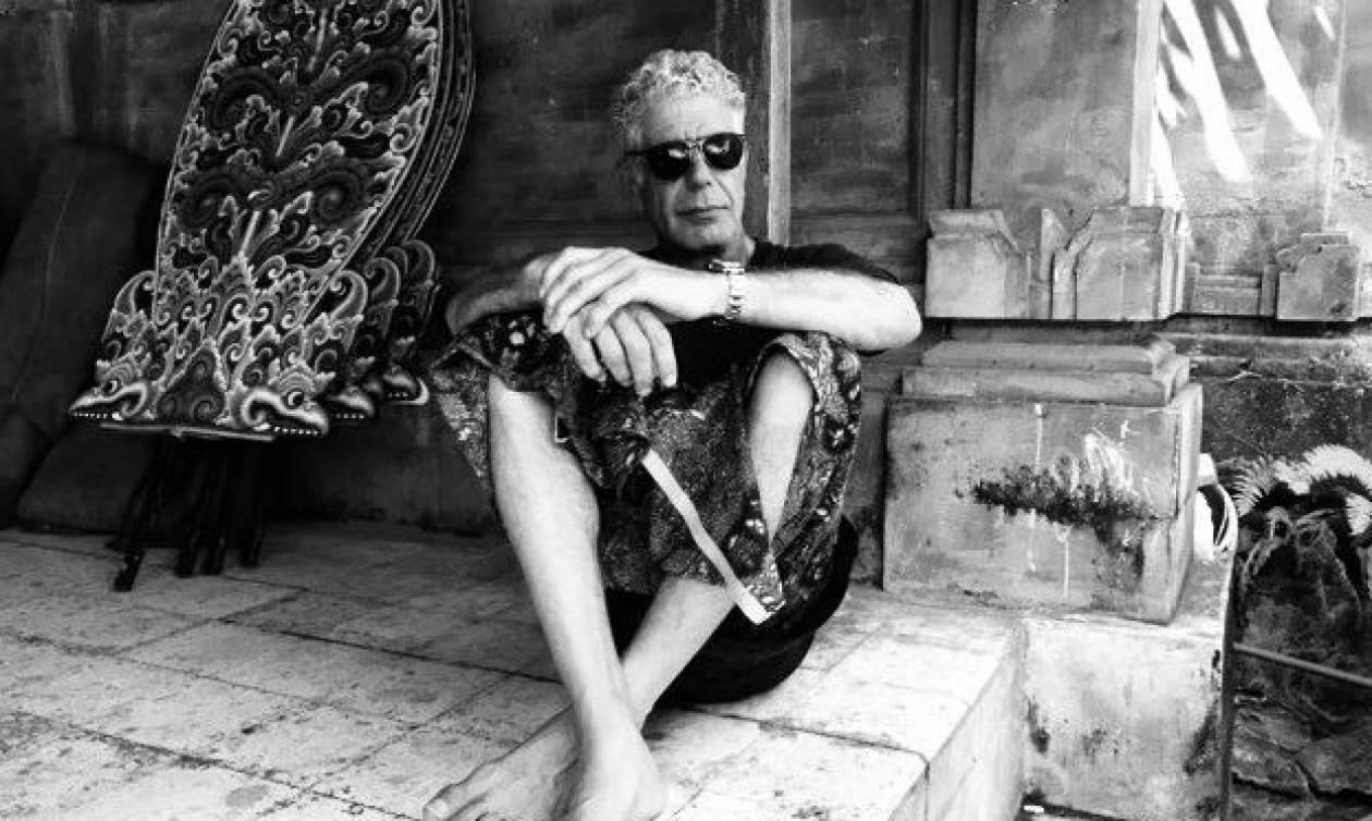 Άντονι Μπουρντέν: Η αινιγματική φωτογραφία λίγο πριν από το θάνατό του