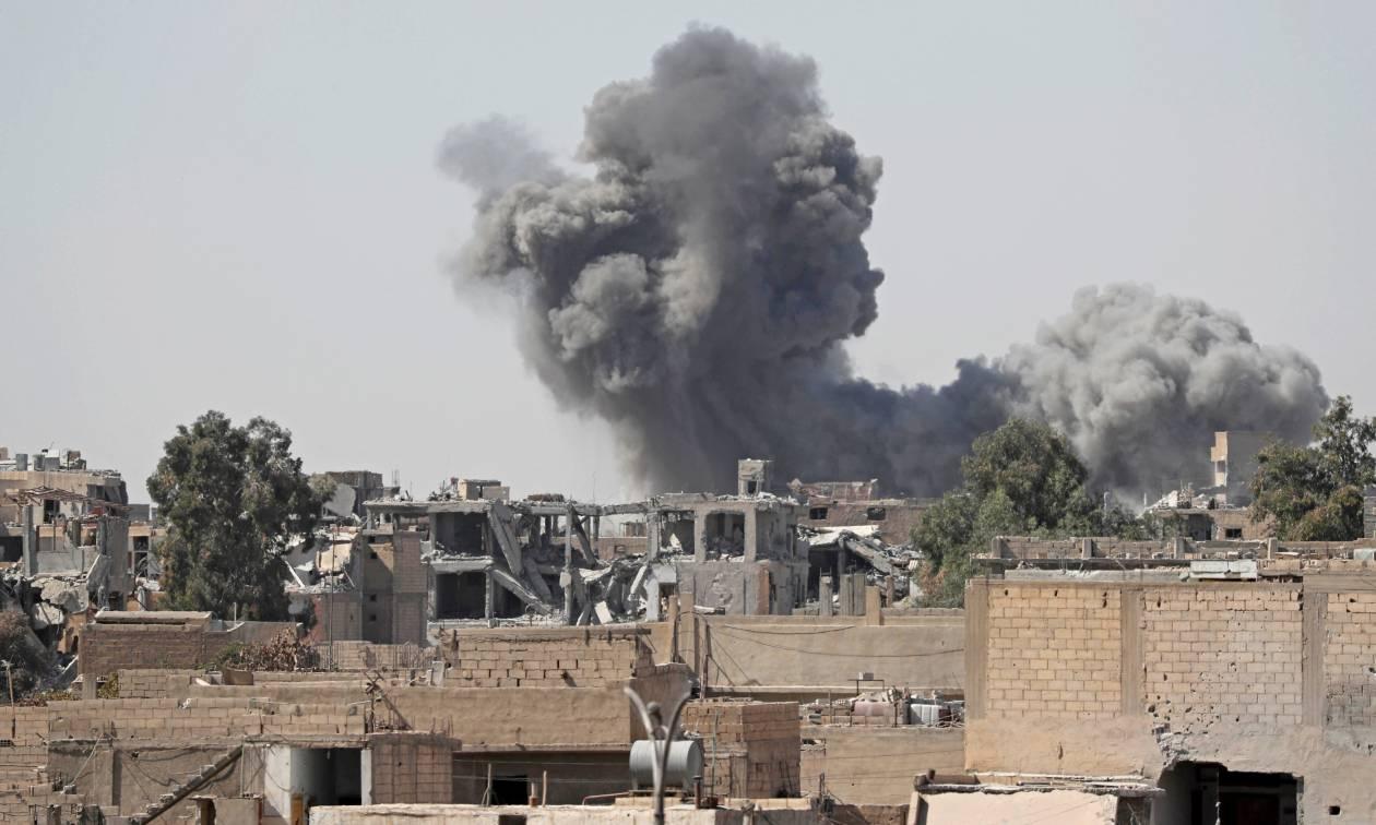 Συρία: Αεροπορικές επιθέσεις στοίχισαν τη ζωή σε τουλάχιστον 38 ανθρώπους στην επαρχία Ιντλίμπ