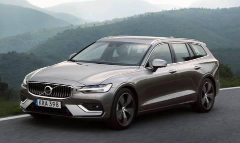 Αυτοκίνητο: Το καινούργιο premium στέισον της Volvo, το V60, είναι κομψό, δυναμικό και άνετο