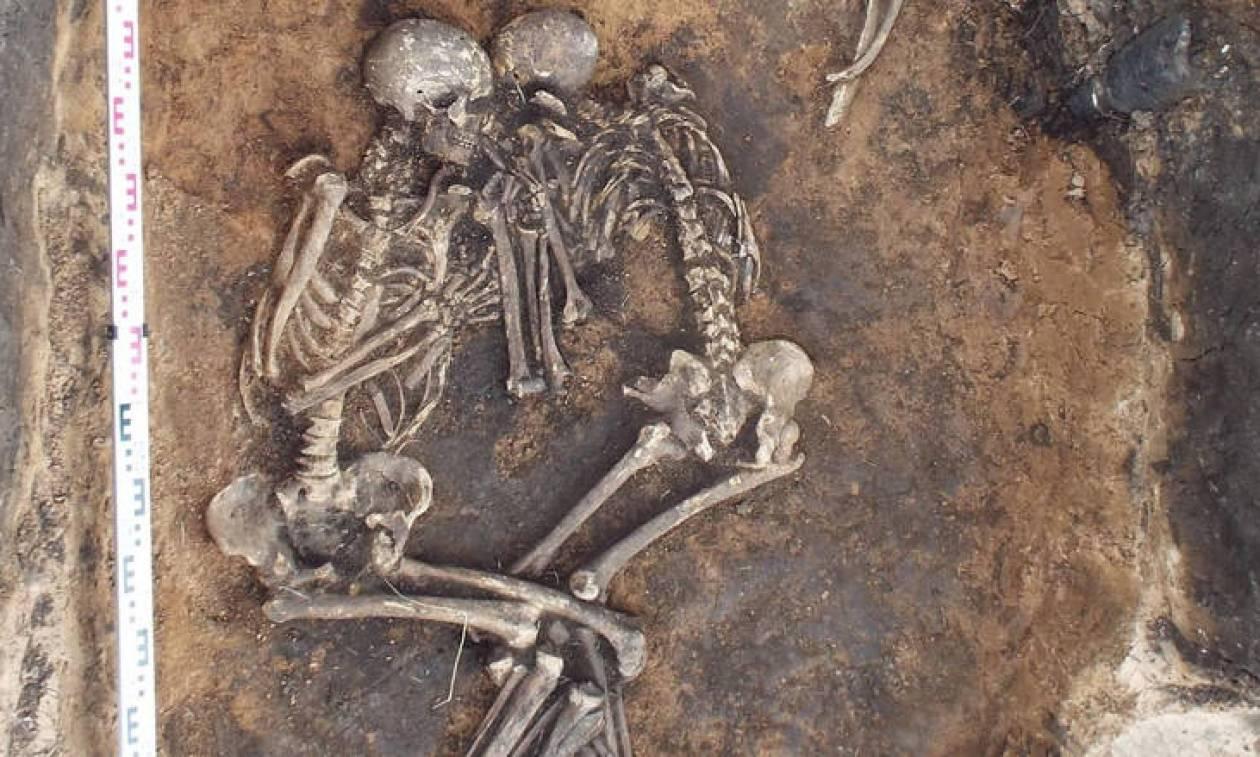Επιστήμονες με επικεφαλής μια Ελληνίδα «διάβασαν» το DNA της... αρχαιότερης πανούκλας!