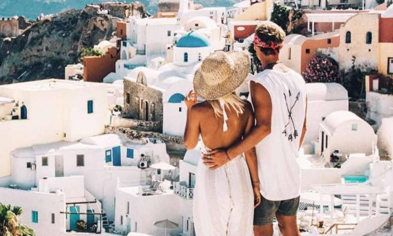 Υπουργείο Τουρισμού: Νέο ρεκόρ στις αφίξεις των τουριστών για φέτος