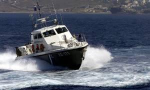 Κως: Καταδίωξη ταχύπλοου που μετέφερε παράνομους μετανάστες