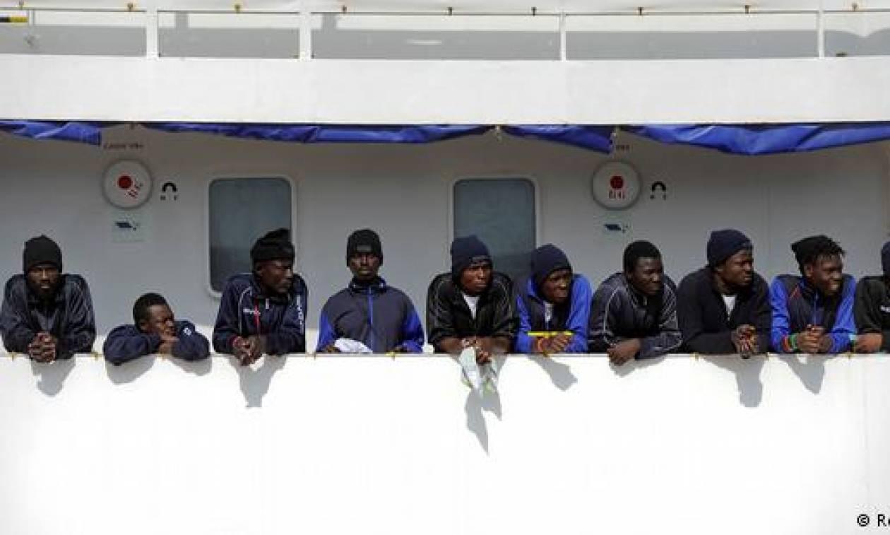 Εκκληση του ΟΗΕ στη Ρώμη να επιτραπεί άμεσα η αποβίβαση των μεταναστών του Aquarius