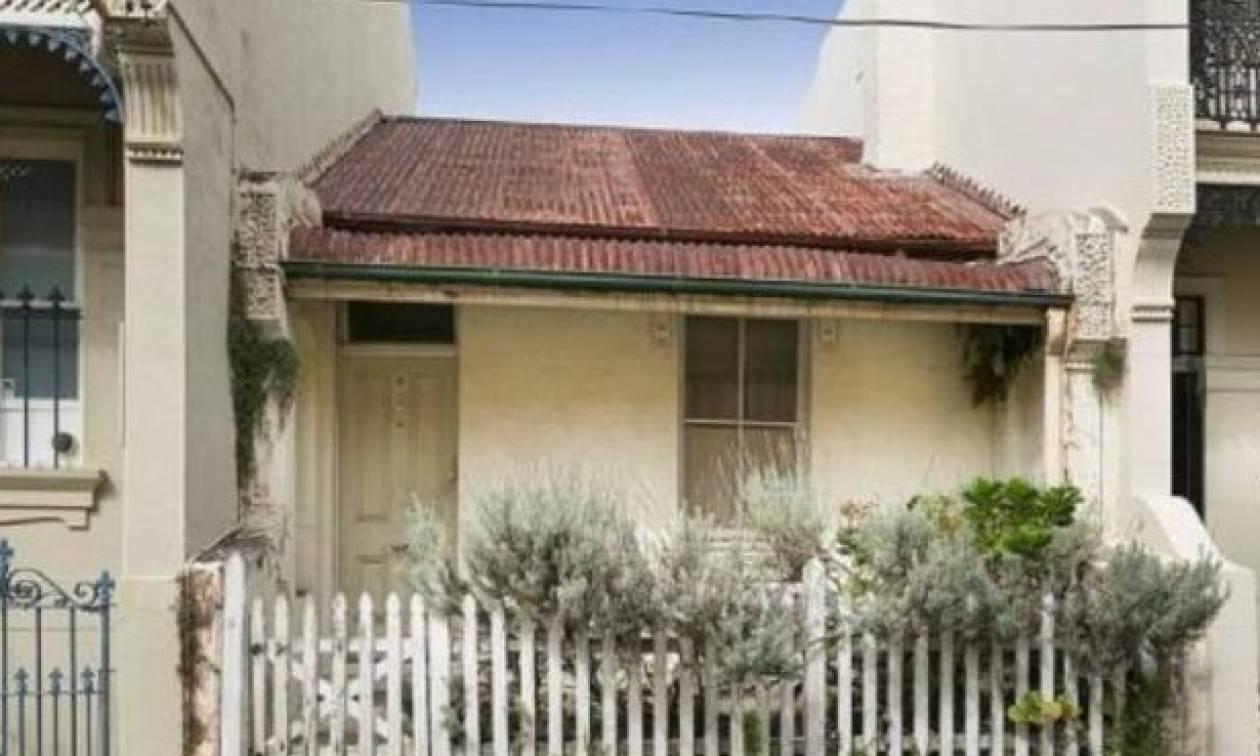 Ένα ακατοίκητο σπίτι, εδώ και 100 χρόνια, έκρυβε έναν θησαυρό (pics)