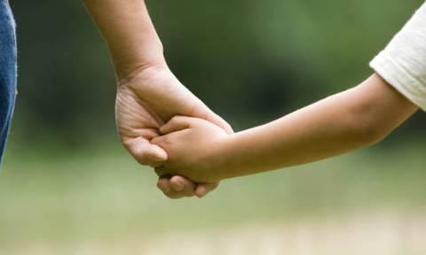 Επίδομα παιδιού 2018: Οι μισές δικαιούχες οικογένειες δεν έχουν υποβάλει Α21