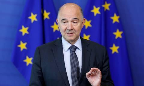 Μοσκοβισί: Η Ελλάδα οφείλει να εφαρμόσει υπεύθυνη δημοσιονομική πολιτική
