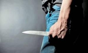 Τρόμος για νεαρό στη Θεσσαλονίκη: Κουκουλοφόροι του επιτέθηκαν και τον τραυμάτισαν με μαχαίρι