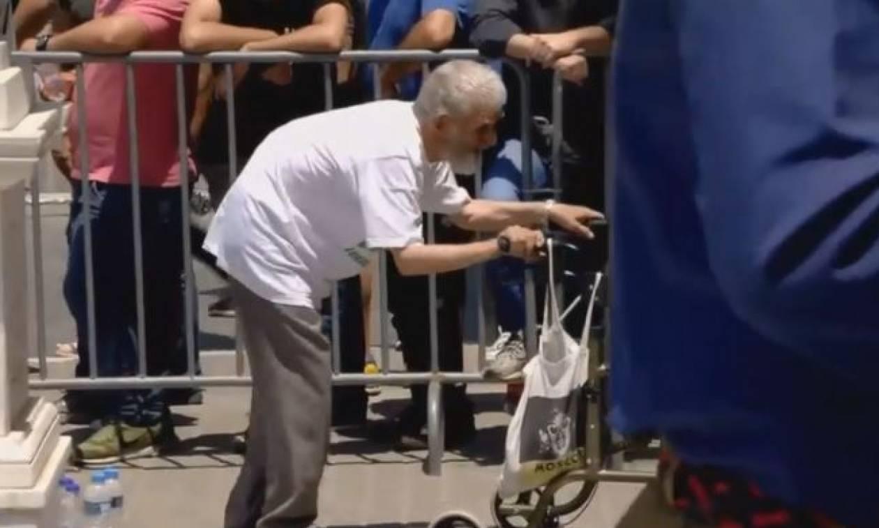 Παύλος Γιαννακόπουλος: Η συγκλονιστική στιγμή με τον ηλικιωμένο φίλαθλο του Παναθηναϊκού (vid)