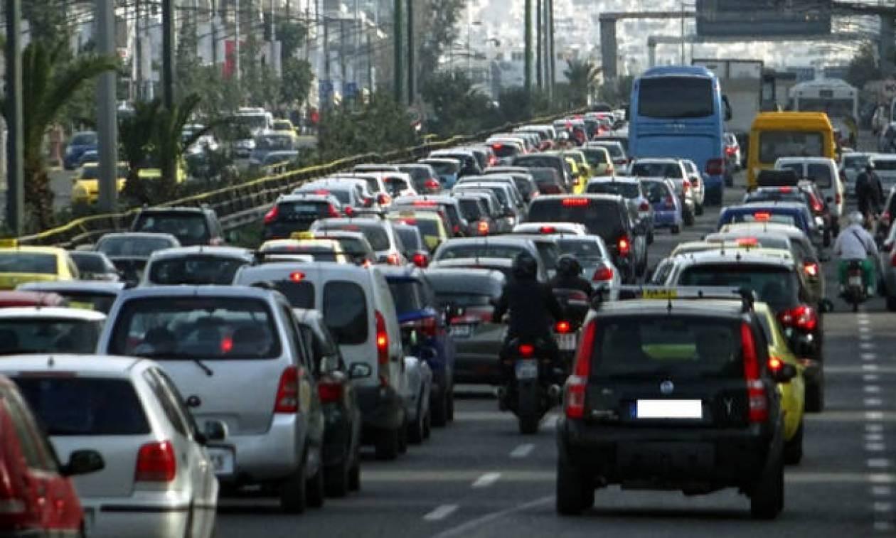 Κόλαση η Αθήνα: Απεργία στα ταξί - Στάσεις εργασίας σε μετρό, τρόλεϊ και λεωφορεία