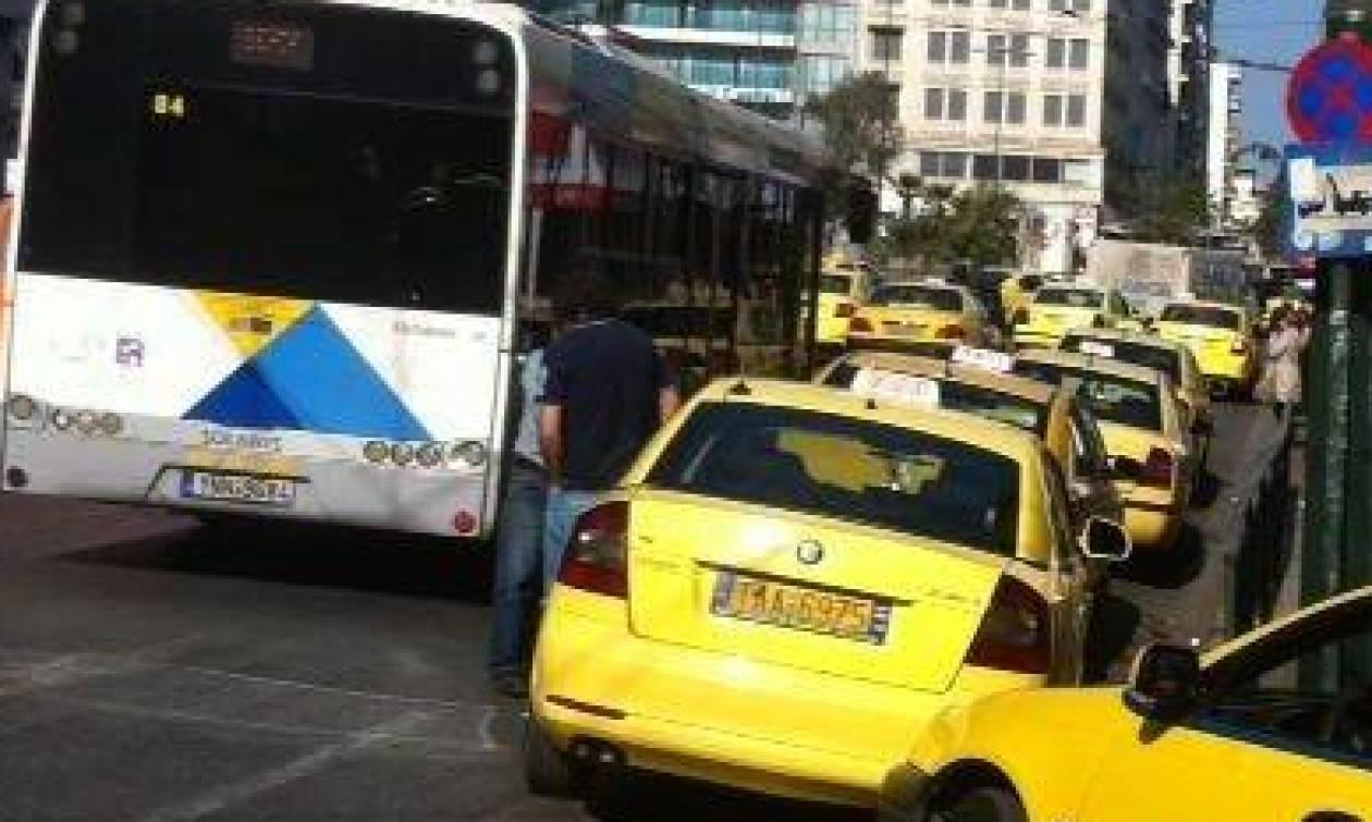 Χωρίς ταξί και σήμερα η Αθήνα - Στάσεις εργασίας σε Mετρό, τρόλεϊ, λεωφορεία