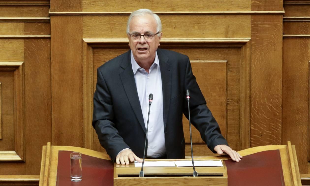 Αποστόλου για πρόταση μομφής: Δέσμιος των ακραίων του κόμματός του ο Μητσοτάκης